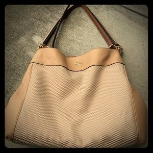 Tan Large Coach Hobo Shoulderbag